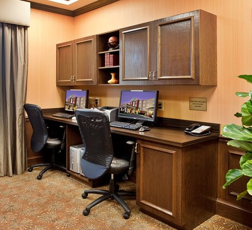 Holiday Inn Express Hotel & Suites Kansas City - Grandview: Property amenity