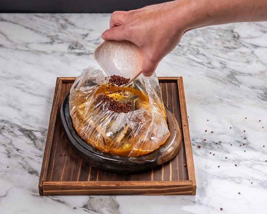 Play Restaurant & Lounge: Fish in a Bag