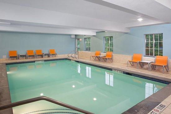 Haskell, NJ: Pool
