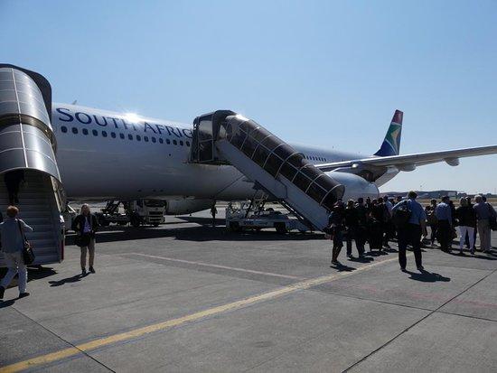 South African Airways: Boarding