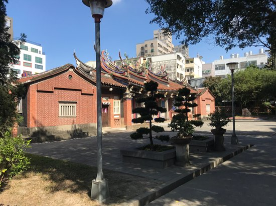Zhangliao Family Temple