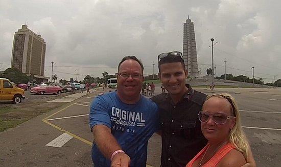 Friendly Cuba Voyage: Merci José