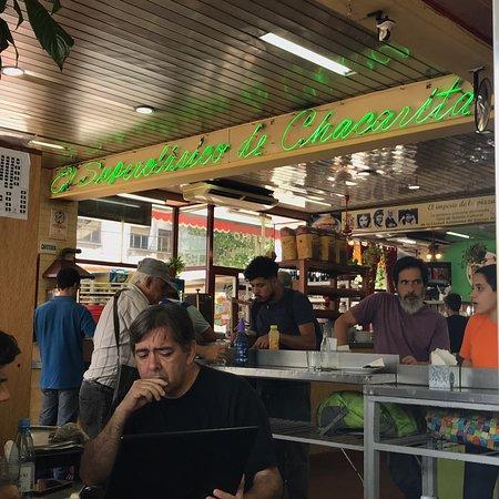 Rica pizza, EXCELENTE atención de Vicente