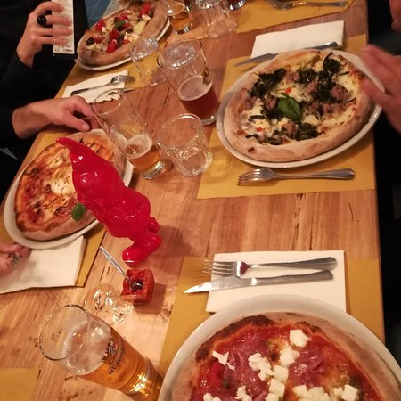 Casa mia pizzeria italiana albizzate restaurant reviews phone number photos tripadvisor - Mia la casa italiana ...