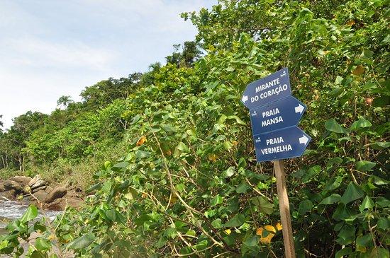 Placas informativas em Castelhanos