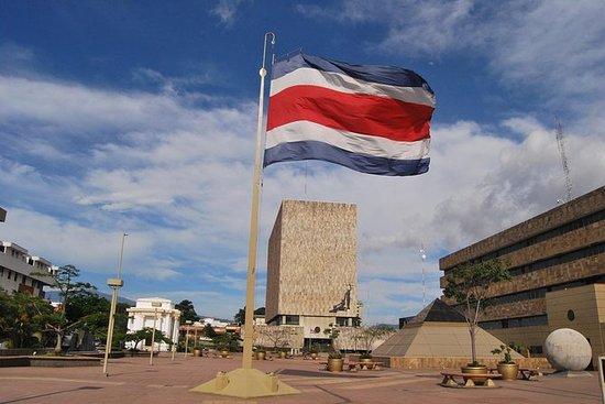 Descubra la ciudad capital de Costa...