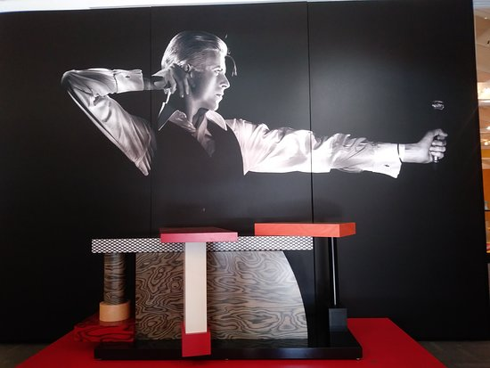 David Bowie, entry table