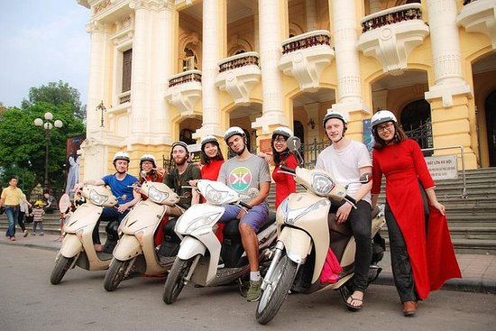 Half-Day Tour: Hanoi City by Motorbike