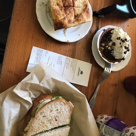 Leoda's Kitchen and Pie Shop Photo