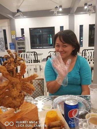 San Pedro, Philippinen: gloves