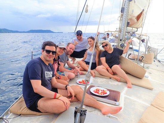 Kuna Vela Sailing Tours : Discover The Costa Rican North Pacific on board Kuna Vela!