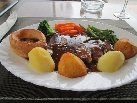 Toby Jug: Lamb Sunday Roast