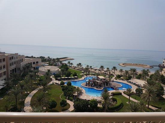 من الفنادق الجميله بالبحرين