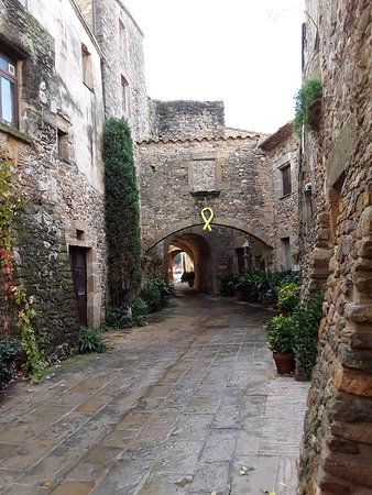 Cruilles, Spain: village de Monells
