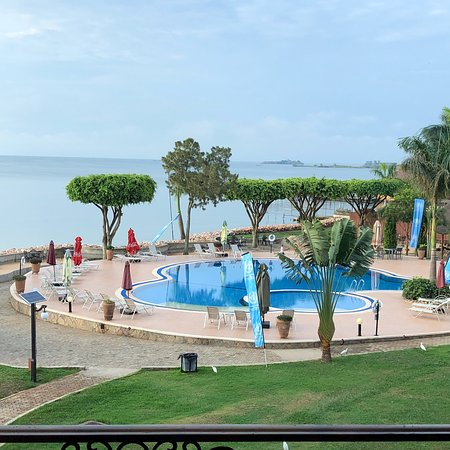 Convenient and accommodating hotel beside Lake Victoria