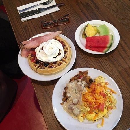 tgi fridays niagara falls restaurant reviews photos rh tripadvisor com