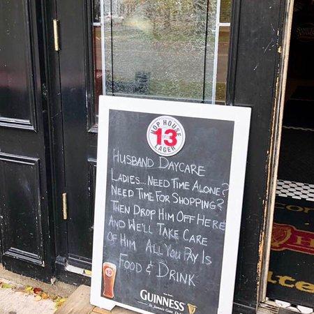 The Irish Harp Pub Image