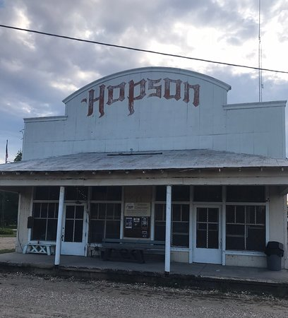 Clarksdale, MS: Hopson Plantation is a must see! Go on Monday night when they have live music.