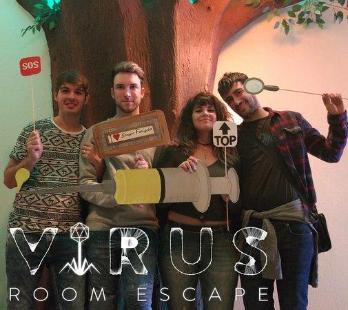Virus Room Escape