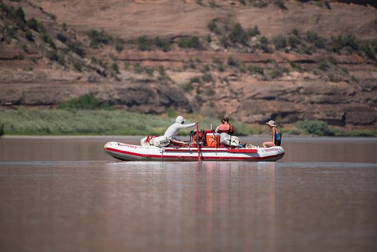 Holiday River Expeditions - Utah Rafting Day Tours
