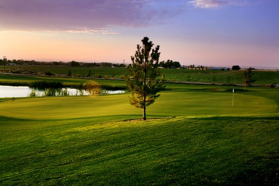 Caldwell, ID: Amazing Public 18-Hole Championship G.C. The Heart of Canyon County & 30 Minutes from Boise. Best Of Canyon County for 15' 16' 17' 18'! Best of Treasure Valley 17'!