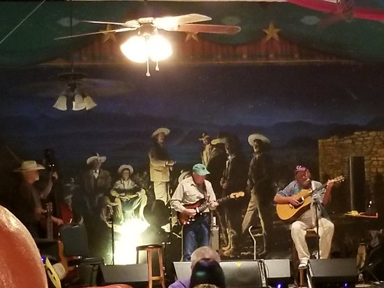 Starlight Theatre: Live music on the stage.  It's a neat little place to eat.