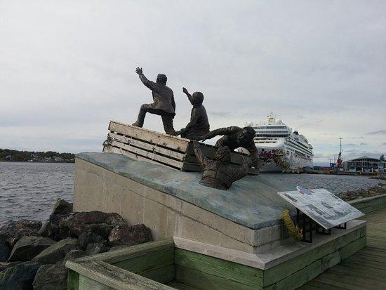Sydney Merchant Mariners Memorial