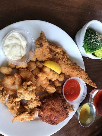 Santee Seafood Bistro And Fresh Market Restaurant Reviews Phone Number Photos Tripadvisor