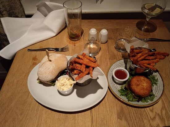Ashton, UK: Garlic & Rosemary Chicken Burger with Sweet Potato Fries Thai Style Fishcake with Sweet Potato Fries (on specials board)