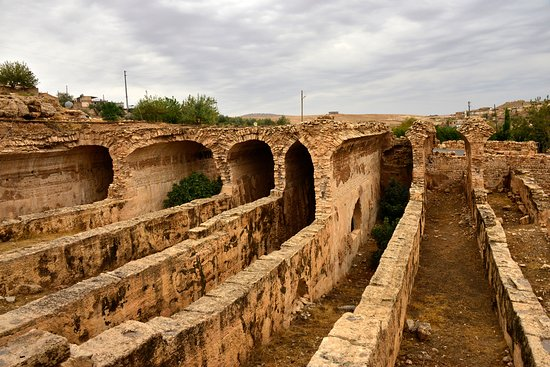 Dara Mesopotamia Ruins: suyu tutmak için yapılmış su bendi kalıntıları