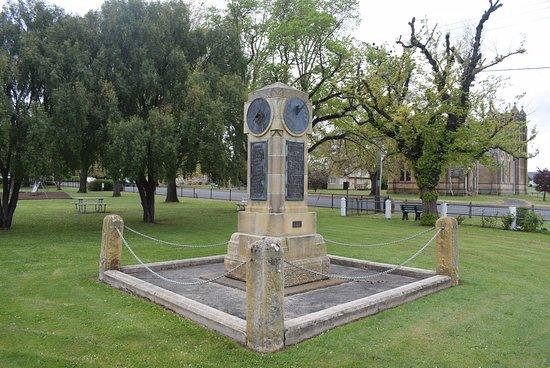 Bothwell War Memorial