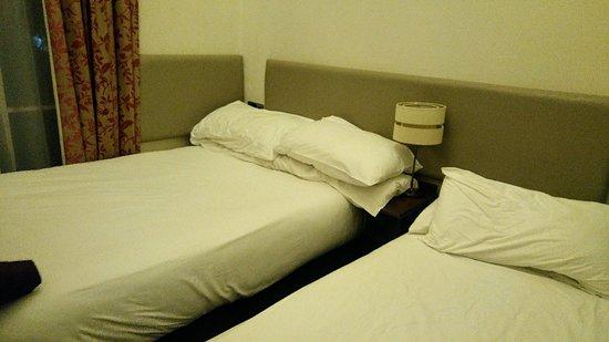 Reem Hotel Photo