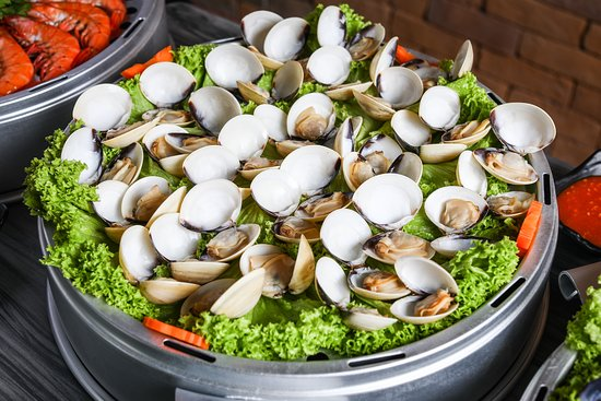 Captain K Seafood Tower: Clams