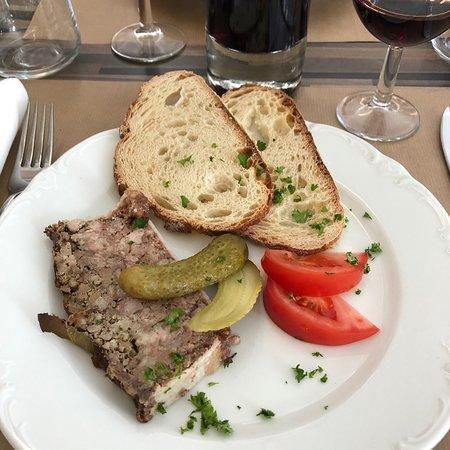 Au Cochon Prieur张图片