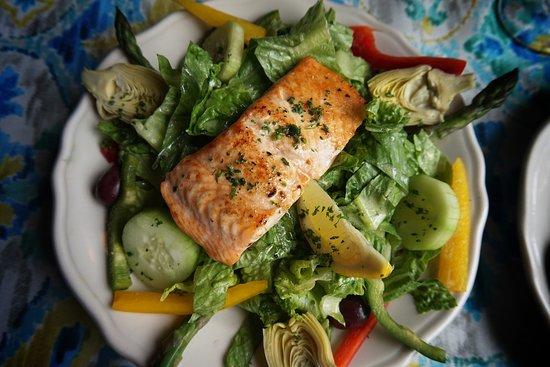 Glendale, OH: Salmon Salad