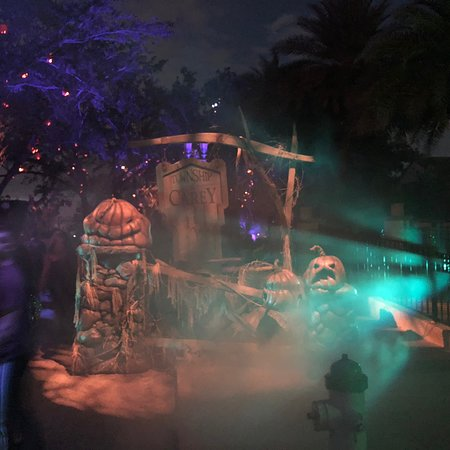 Universal Studios Singapore Halloween Horror Nights 2019.Halloween Horror Nights Sentosa Island Updated 2019 All You