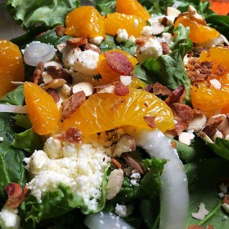 Brunswick, MO: Mandarin Orange Salad