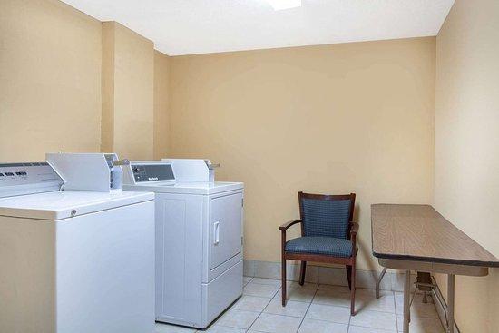 Clinton, SC: Laundry