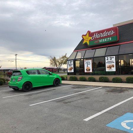Hardinsburg, KY: Hardee's