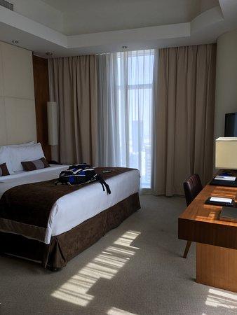 JW Marriott Marquis Hotel Dubai: Bedroom of our suite