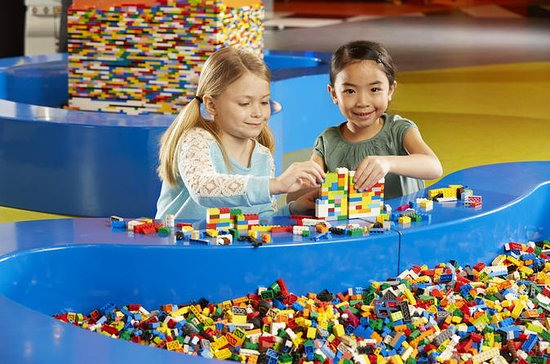LEGOLAND® Discovery Center Kansas...