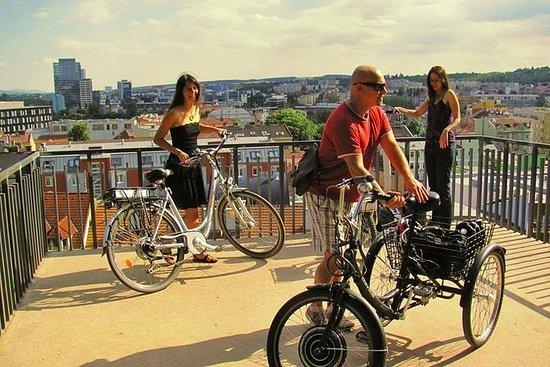 在布尔诺的4小时自行车之旅与指南