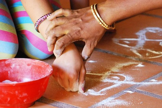 Cours traditionnel Kolam à Pondichéry