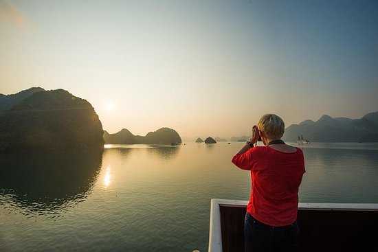 Halong Bay Cruise Dagtrip vanuit Hanoi
