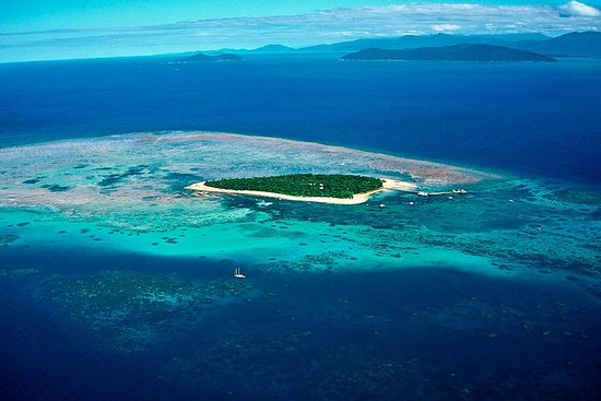 30-Minute Great Barrier Reef Scenic...
