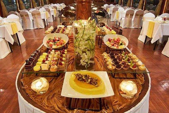 Cruzeiro em dhow com jantar no Dubai...