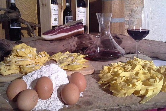 Cooking Class in Traditional Tuscan...