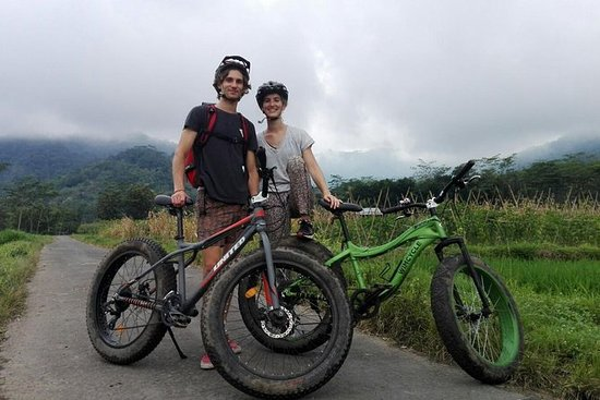 Guided Bike Tour of Central Java...