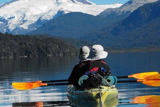 Lago Gutierrez halvdags kajakkur fra...