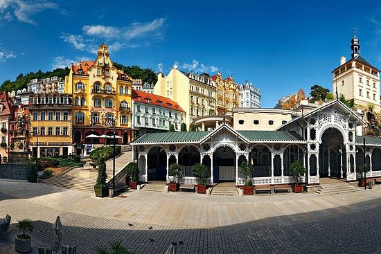 Karlovy Vary Full Day Tour from Prague